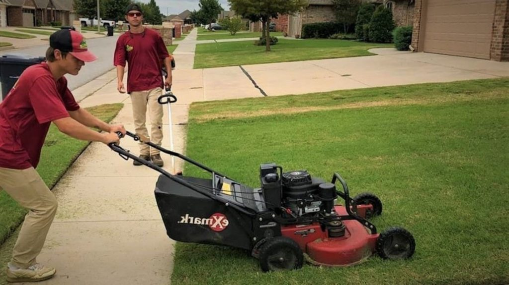 lawn care in moore ok